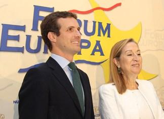 Pablo Casado y Ana Pastor en el Fórum Europa