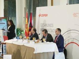 Karima Benyaich y Aziz El Atiaoui en Executive Fórum