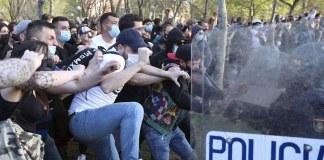 Disturbios Vallecas. FOTO: EFE