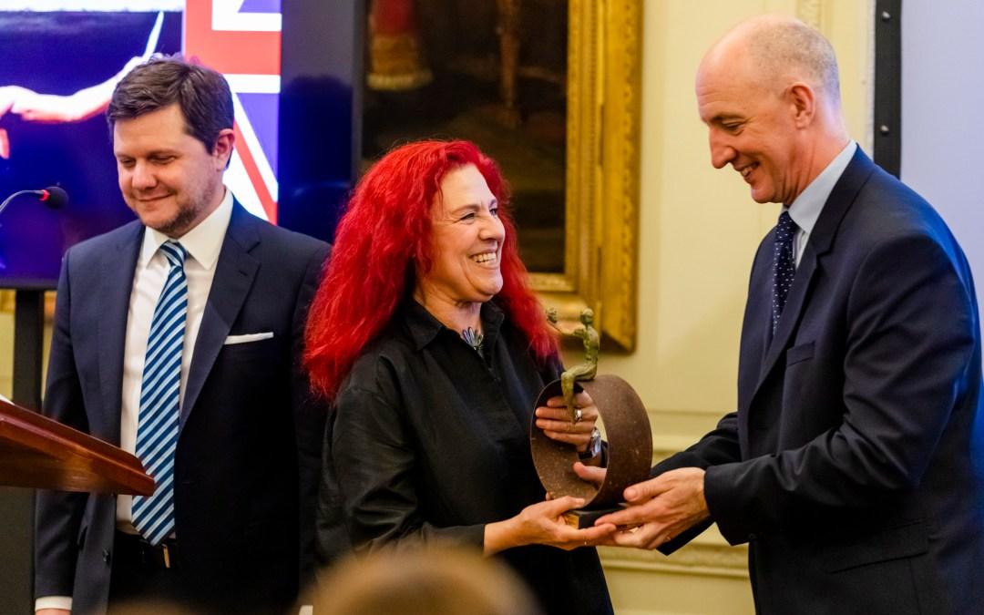 Entrega del Premio Shakespeare 2019 a Renata Schussheim