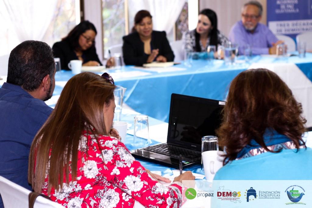 Sesión de seguimiento y coordinación de  Iniciativas por la Paz y la Democracia