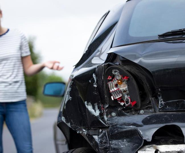 The Do's and Don'ts After an Car Accident