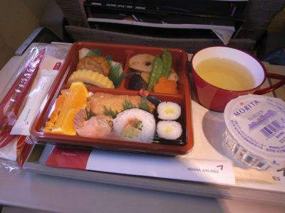 アシアナ航空で韓国へ行こう!8つのおすすめ魅力とは?機内食