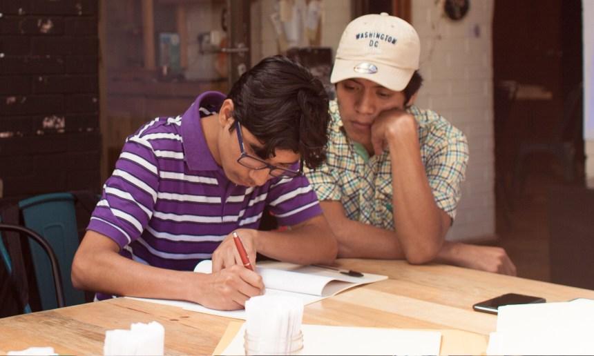 Estudiando sin límites: Palabras que conmueven, por Juan Pérez