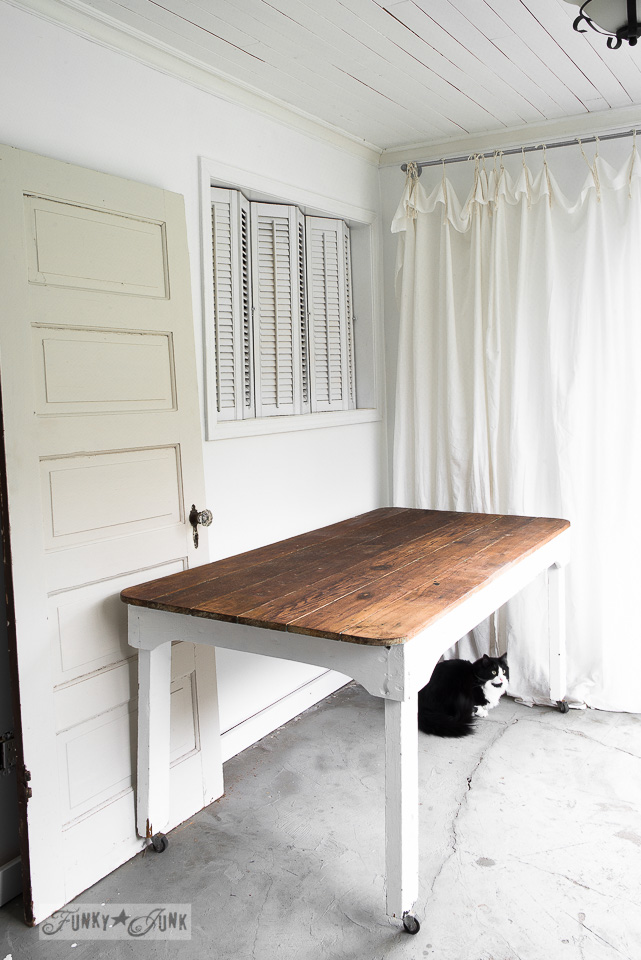 Photo Studio Props With An Old Door Farm Table And
