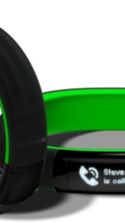 CES 2016: Razer Launches Nabu Watch, Blade Stealth and