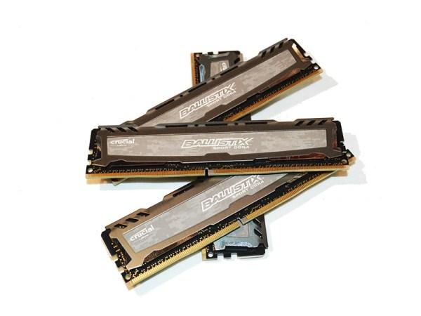 Crucial SportLT DDR42400 pht15
