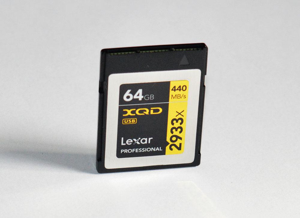 lexar professional 64gb 2933x xqd 20 card and xqd 20 usb
