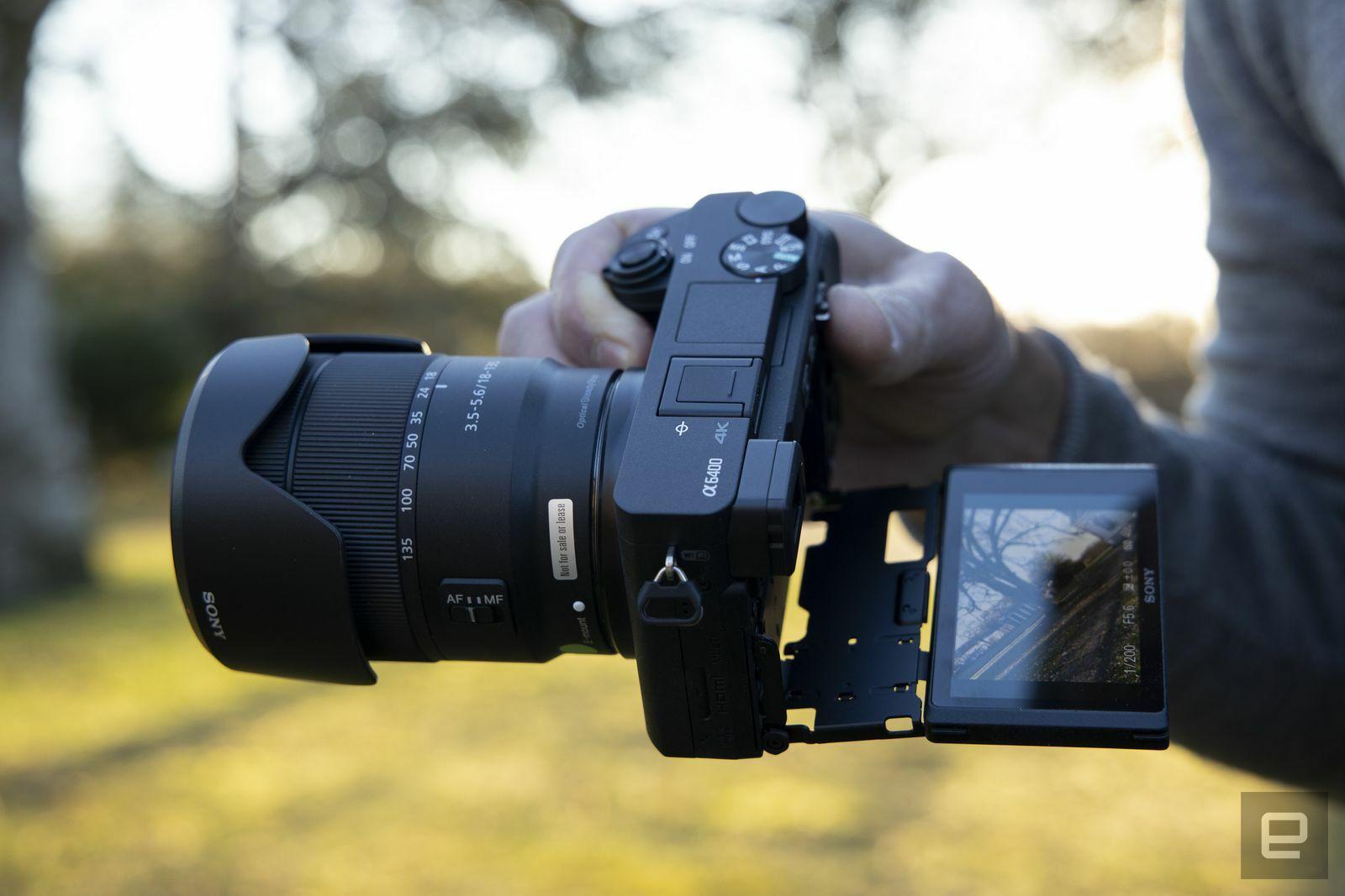 sony-a6400-aps-c-mirrorless-camera-5