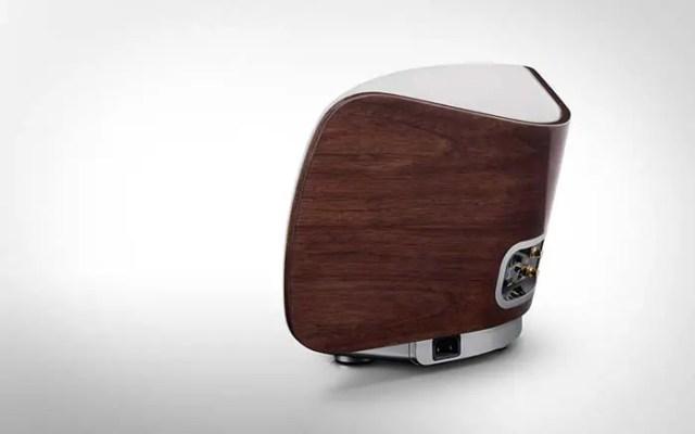 marantz-consolette-wireless-speaker-dock-4-FSMdotCOM