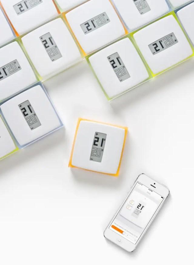 philippe-starck-smartphone-thermostat-designboom02