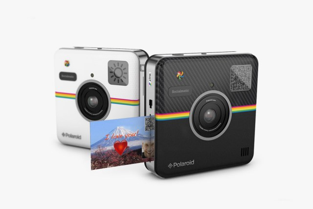 Polaroid-Socialmatic-Launches-at-CES-2014-02
