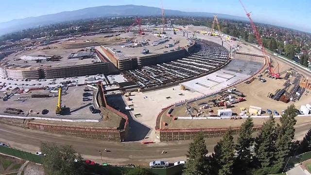 apple-campus-2-drone-FSMdotCOM