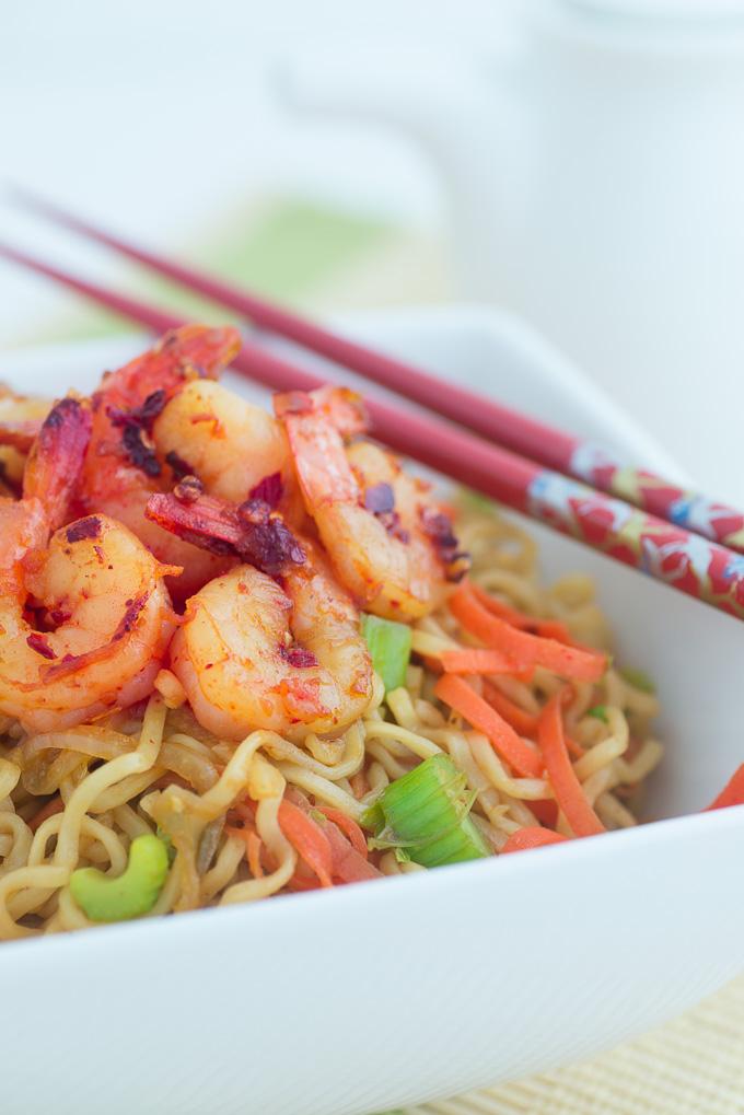 Healthy Ramen Noodles with Shrimp recipe funloveandcooking.com