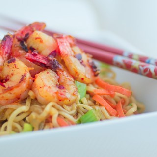Healthy Ramen Noodles with Shrimp recipe funloveandcooking.com