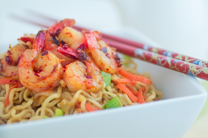 Healthy Ramen Noodles with Shrimp