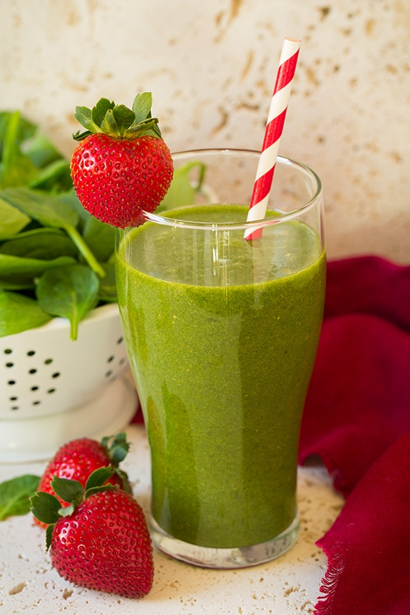 Strawberry smoothie idea: strawberry spinach green smoothie. Love this whole list of strawberry recipe ideas - something for every meal!