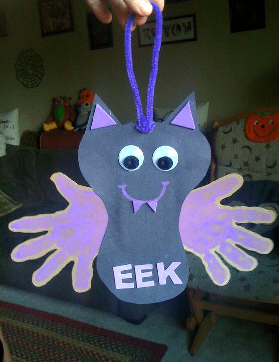 Eek! Handprint bat craft for Halloween