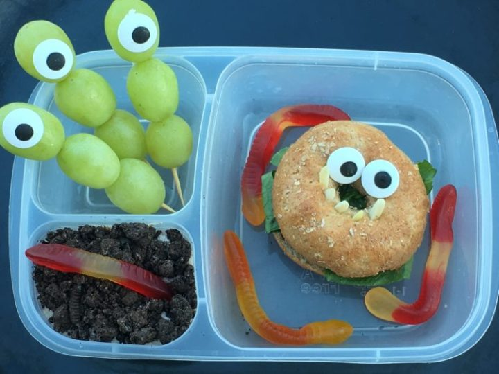Click over for more Halloween lunch ideas for kids lunch boxes this Halloween. They're a little creepy, somewhat adorable, and totally fun. Your kids will love their Halloween lunch this year.