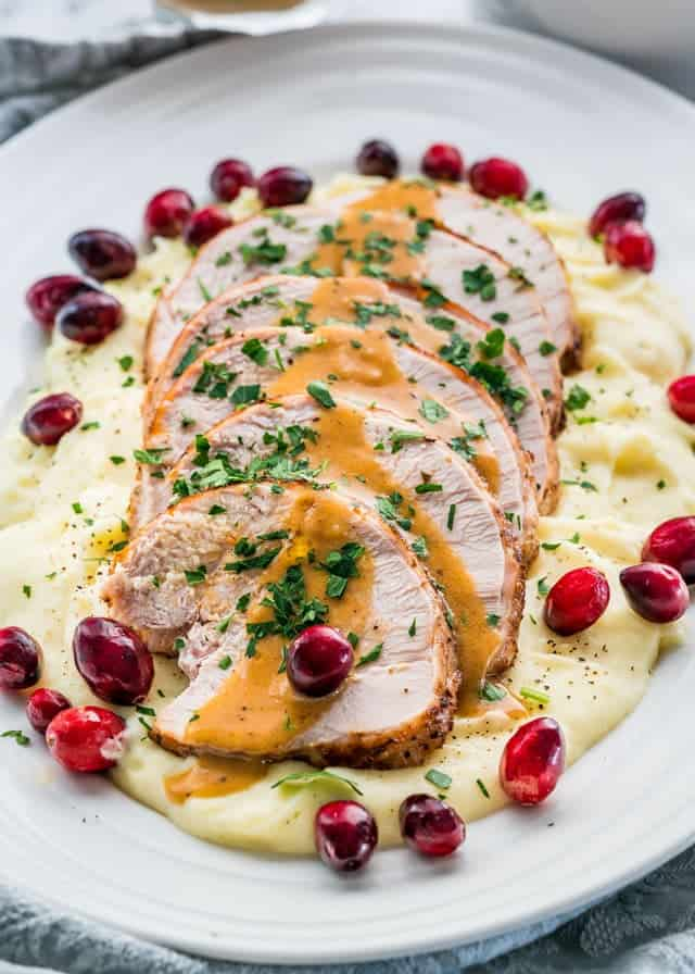 Instant Pot turkey breast dinner recipe. Learn how to make simple and delicious meals with these easy instant pot recipes. #InstantPotRecipes