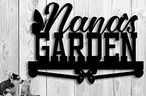 Create a special personalized gift for the mom who loves her garden with this personalized garden sign.
