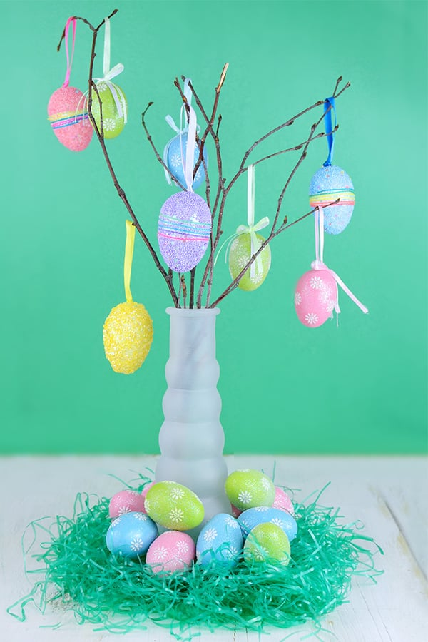 Decorate an Easter tree this year and start a new Easter tradition.