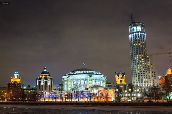 moscow at night (10)