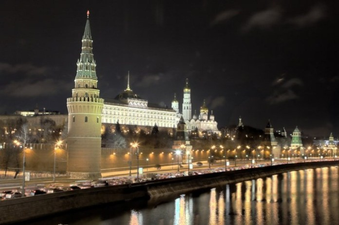 moscow at night (13)