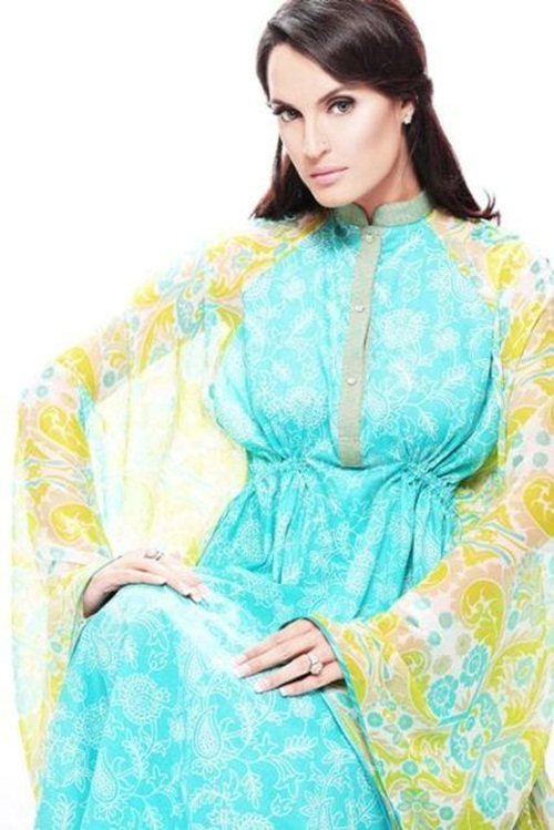 nadia-hussain-signature-lawn- (1)
