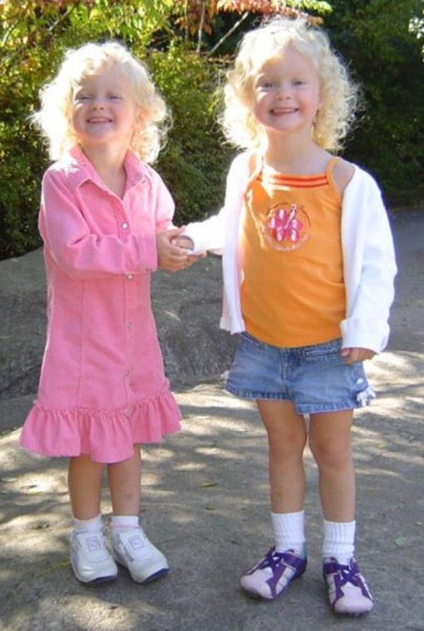 twin-baby-pictures- (7)