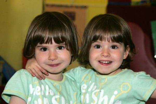 twin-baby-pictures- (9)