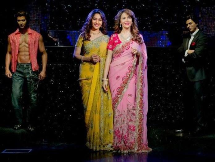 madhuri-dixit-unveils-her-wax-statue-at-madame-tussauds- (17)