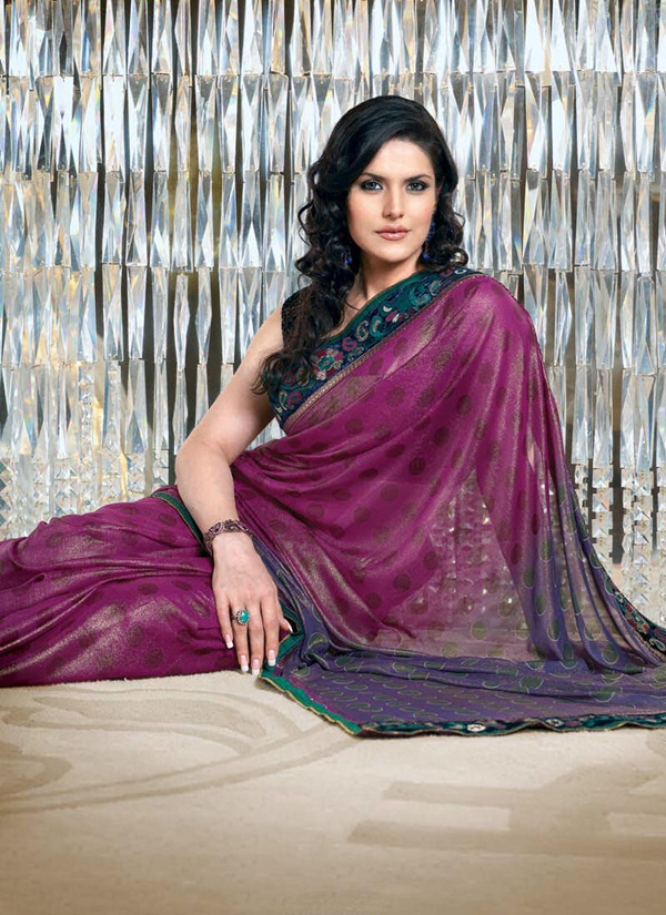 zarine-khan-glorious-saree-collection- (7)