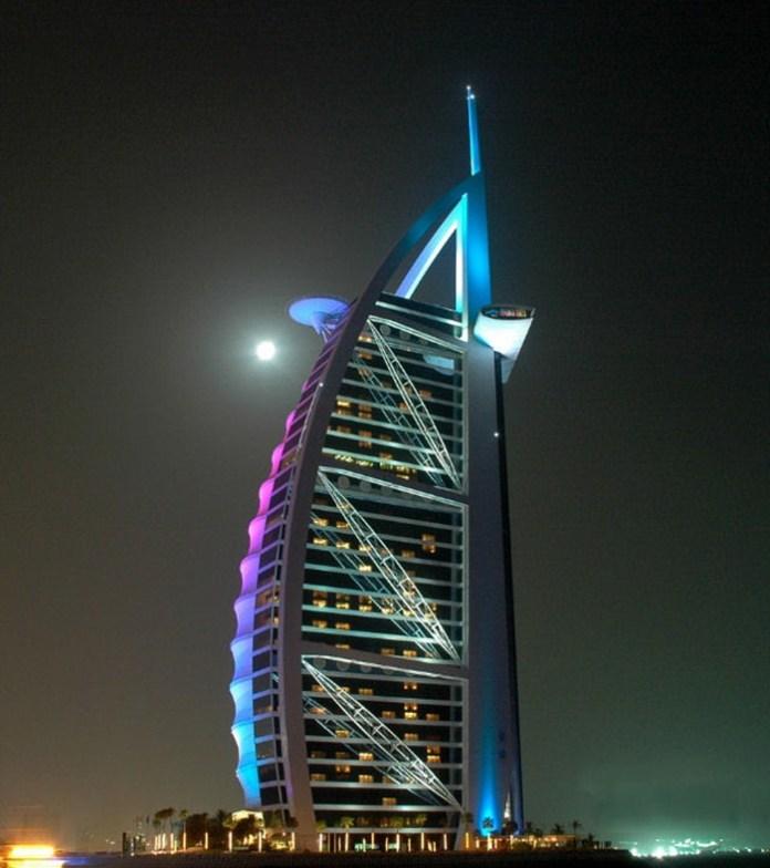 burj-al-arab-at-night- (2)