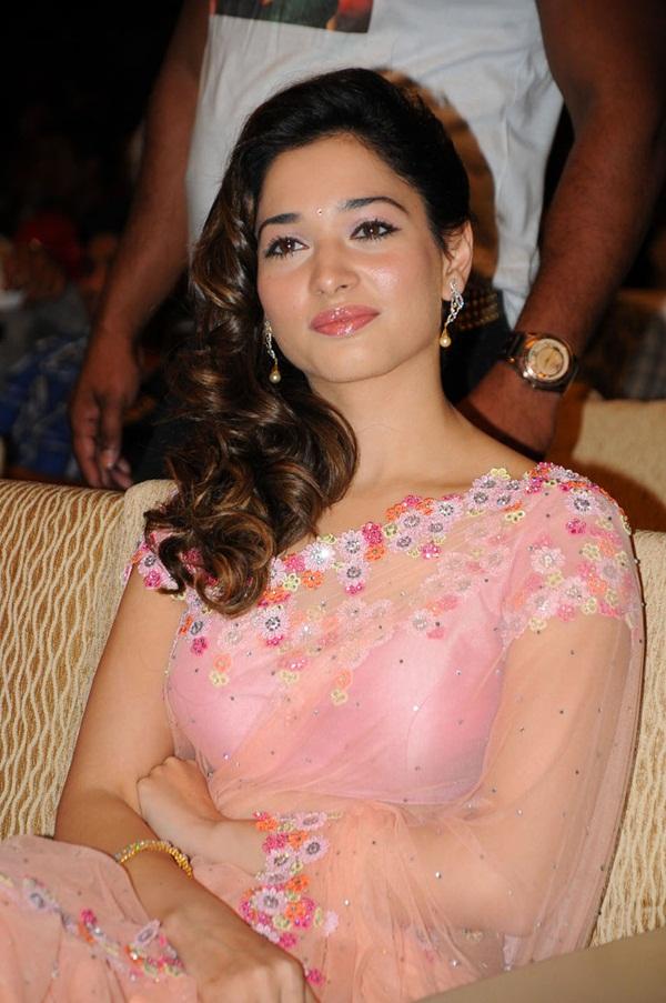tamanna-in-pink-saree- (1)