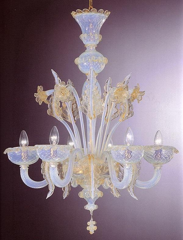 beautiful-glass-chandeliers-20-photos- (5)