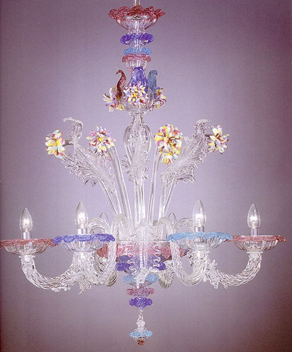 beautiful-glass-chandeliers-20-photos- (6)