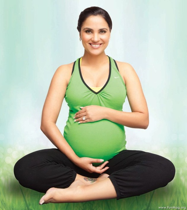 lara-dutta-photoshoot-for-prenatal-yoga-dvd- (5)