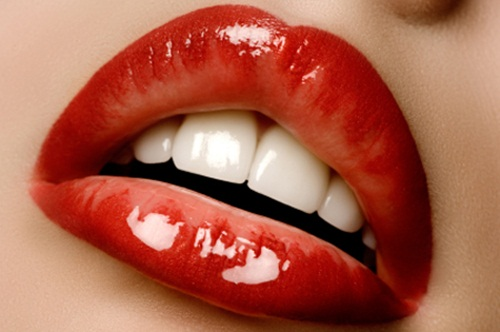 shiny-lips-pictures- (18)