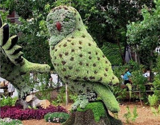 topiary-animals- (2)