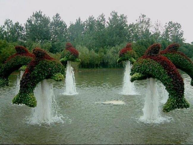 topiary-animals- (9)