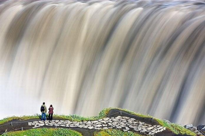 beautiful-waterfall-21-photos- (18)
