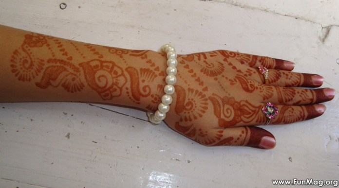 beautiful-mehndi-designs-for-eid- (13)
