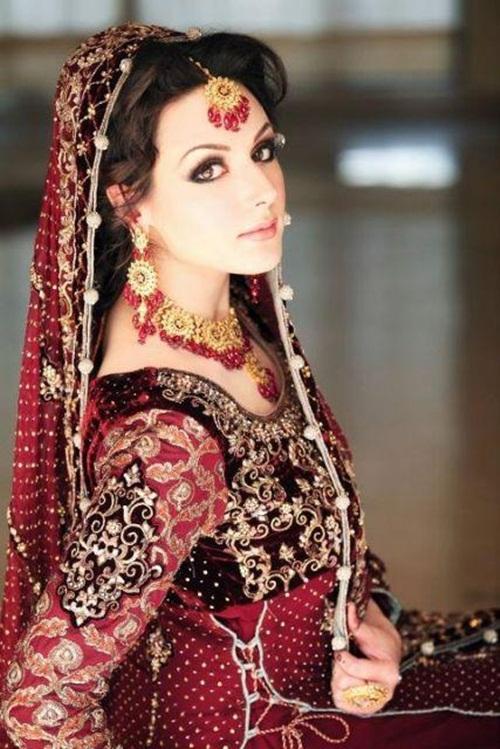 ayesha-akhtar-bridal-makeover- (7)