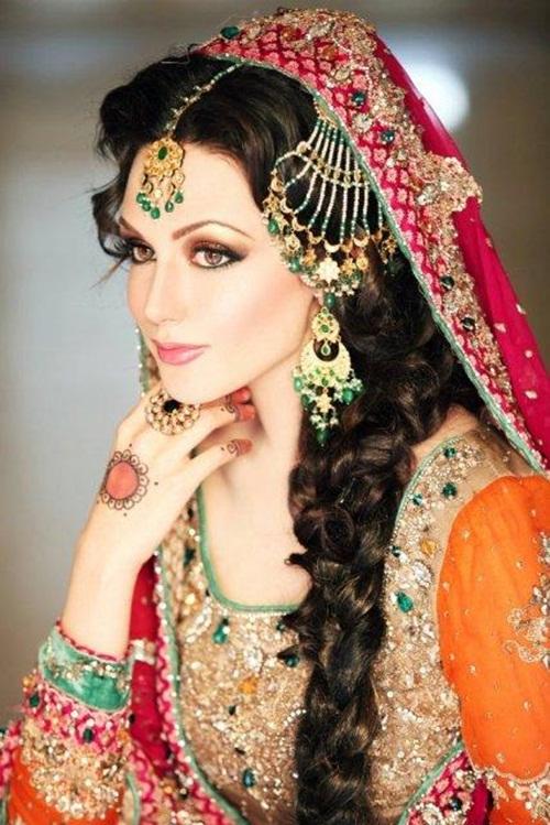 ayesha-akhtar-bridal-makeover- (13)