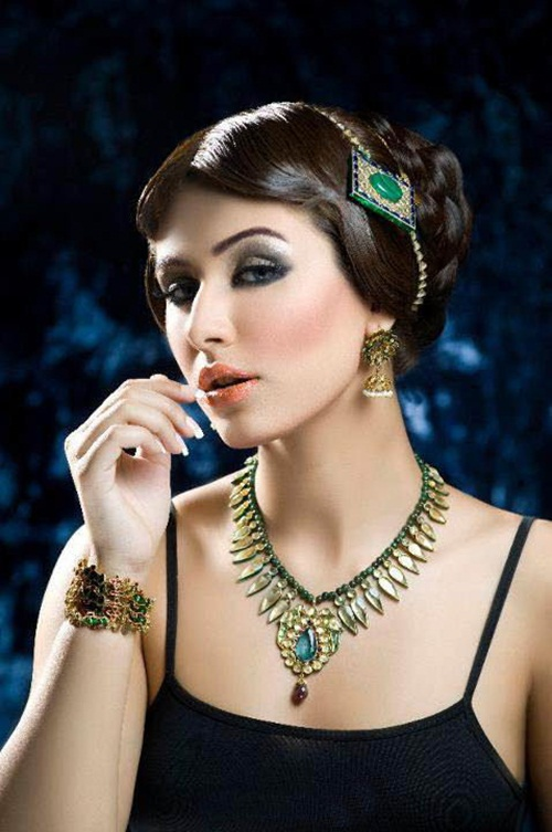 amber-ali-latest-jewelry-designs-with-ayyan-ali- (5)