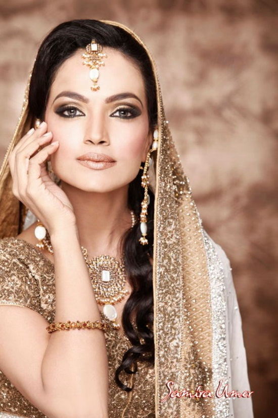 amina-sheikh-bridal-makeover-by-samira-umer- (8)