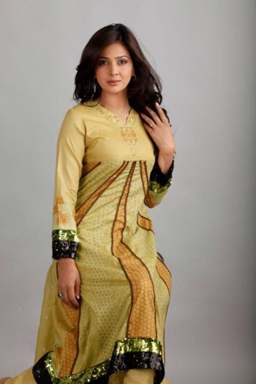 dawood-lawn-collection-2012-jami-motif-embroidery- (23)
