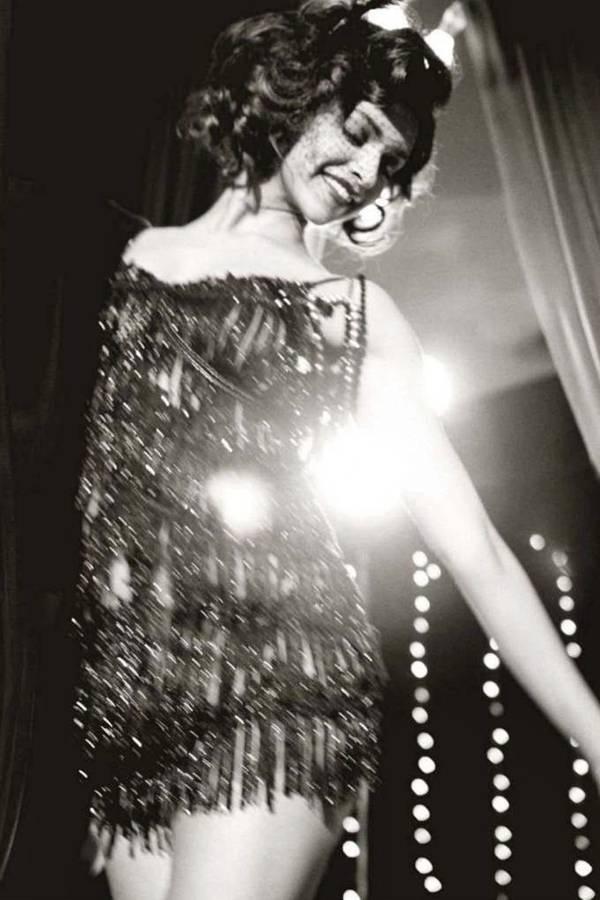 deepika-padukone-photoshoot-for-gq-magazine-october-2012- (6)