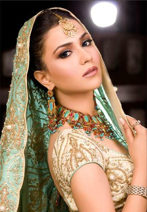 humaima-malik-bridal-makeover- (5)